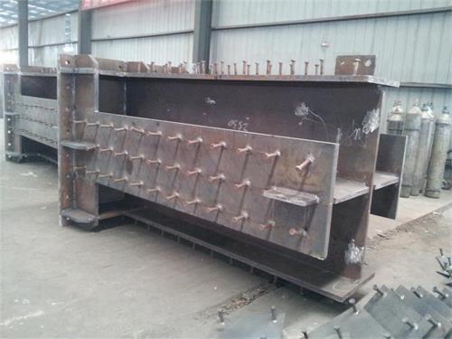 焊接型钢及组合构件